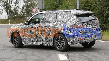 Nuova BMW X1 2022: visuale di 3/4 posteriore