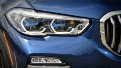 Nuova BMW X5 2018: i nuovi fari sono anche laserlight