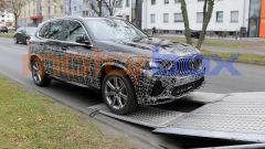Nuova BMW X5 2021: vista 3/4 anteriore