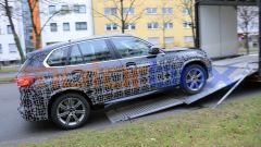 Nuova BMW X5 2021: vista laterale