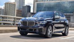 Nuova BMW X5 M50d, la supercar che ama le coccole - Immagine: 3