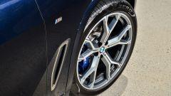 Nuova BMW X5 M50d, la supercar che ama le coccole - Immagine: 13