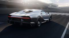 Nuova Bugatti Chiron Super Sport: da dietro si nota la coda allungata