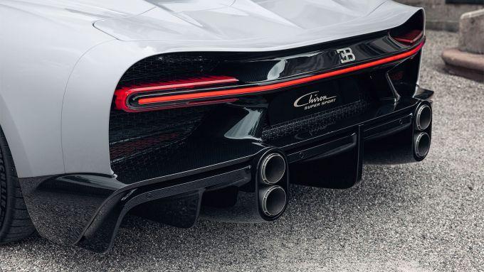 Nuova Bugatti Chiron Super Sport: le quattro bocche da fuoco riposizionate ai lati