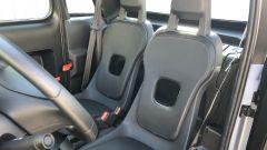 Nuova Citroen AMI 100% electric: dei due sedili solo quello lato guida è regolabile, l'altro è fisso