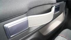 Nuova Citroen C3 2017 - le maniglie a mo di valigia, un tocco molto originale