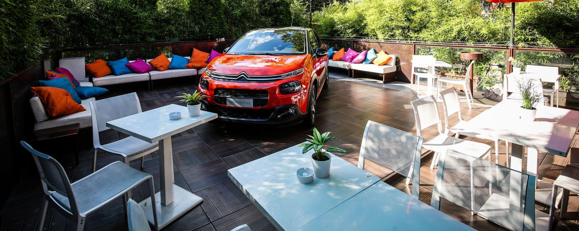 Nuova Citroen C3 nel terrazzo del ristorante La Terrazza Citroen