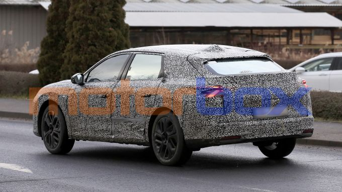 Nuova Citroen C5: in arrivo la berlina media della Casa francese