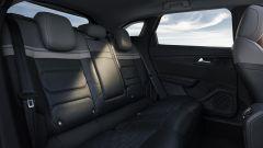 Nuova Citroën C5 X: il divanetto posteriore molto accogliente