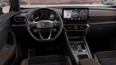 Nuova Cupra Formentor VZ5: la plancia con il touchscreen centrale da 12''