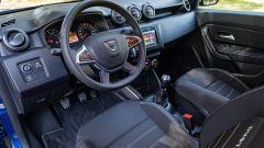 Nuova Dacia Duster TCe 100 ECO-G, gli interni