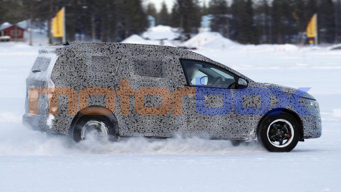 Nuova Dacia Logan MCV: abitacolo rimodulato per maggiore comfort
