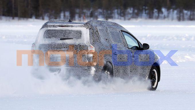 Nuova Dacia Logan MCV: le prove dinamiche sul ghiaccio della Scandinavia