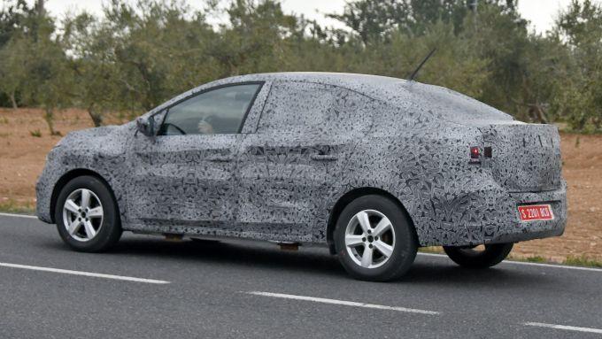 Nuova Dacia Logan: vista laterale
