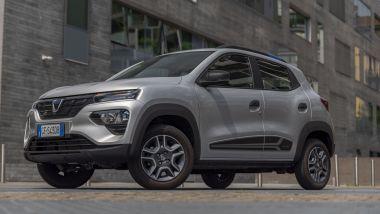 Nuova Dacia Spring: le ZTL look da crossover e praticità da auto compatta
