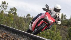 Ducati Supersport e Supersport S: prova, prezzi e caratteristiche [VIDEO] - Immagine: 3