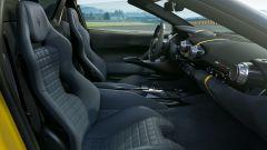 Ferrari 812 Competizione, l'ultimo acuto del V12 è da infarto. Video - Immagine: 8