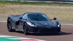 Nuova Ferrari ibrida: si noti il disegno delle prese d'aria - schermata dal video di Varryx
