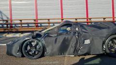 Nuova supercar V12 Ferrari limited edition 2021: stile 330 P4?