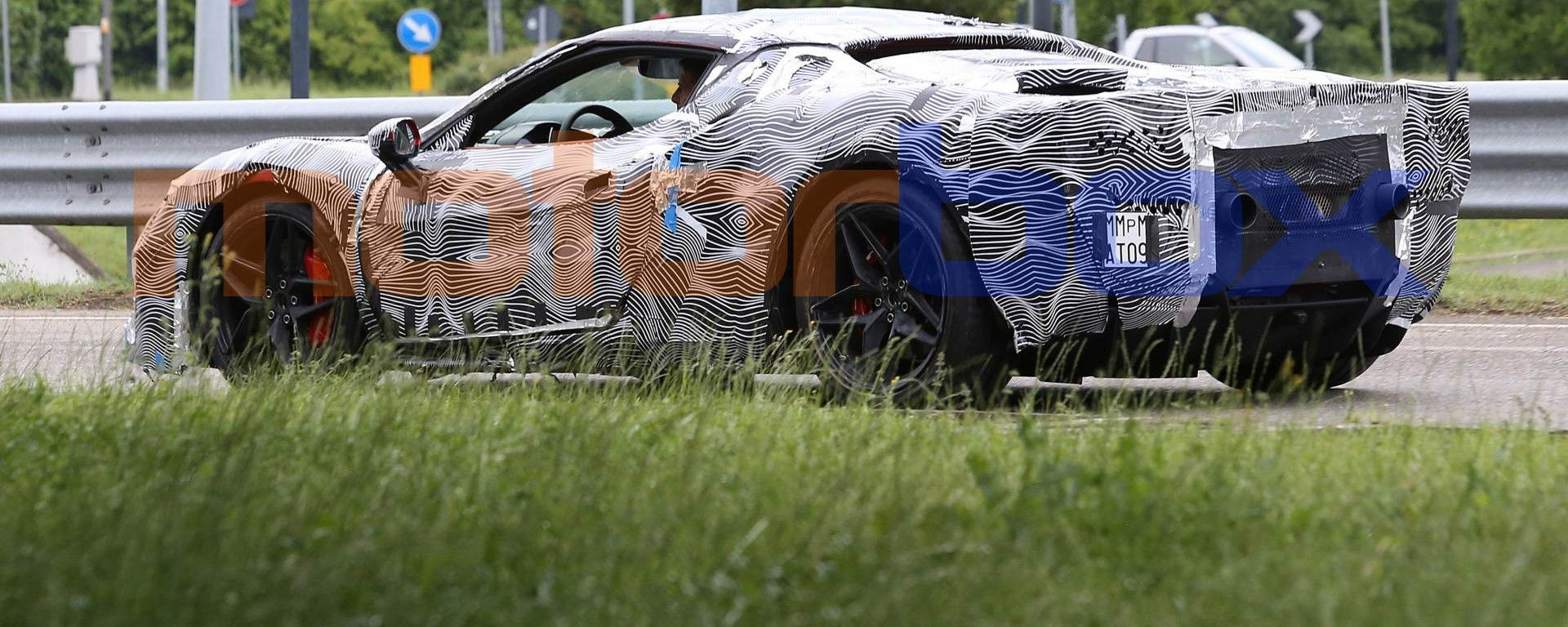 Nuova Ferrari V6 Hybrid, il reveal il 24 giugno
