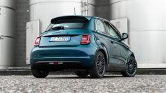 Nuova Fiat 500 Elettrica: 3/4 posteriore