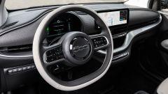 Nuova Fiat 500 elettrica: dopo la Cabrio, ecco la berlina - Immagine: 11