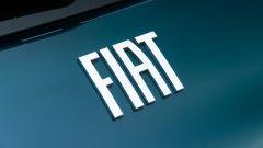 Nuova Fiat 500 Elettrica: il logo FIAT