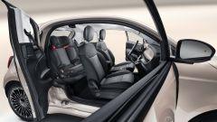 Nuova Fiat 500 Elettrica: la 3+1 con il seggiolino per bambini