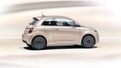 Nuova Fiat 500 Elettrica: l'allestimento Fashion