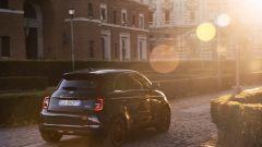 Nuova Fiat 500 elettrica prezzi da 34.800 euro