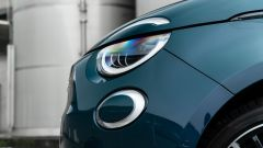 Nuova Fiat 500e Icon: i fari a LED con il