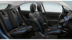 Nuova Fiat 500X Cross Mirror: gli interni