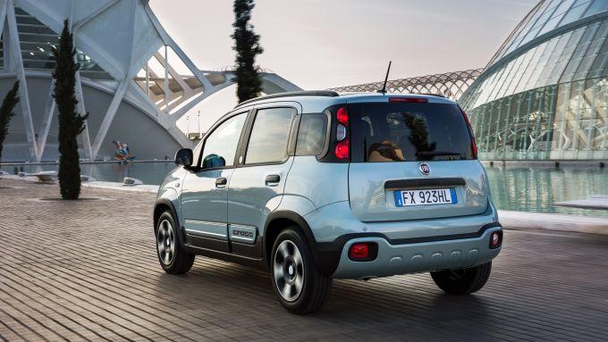 NUova Fiat Panda Hybrid: esordisce con la citycar italiana l'elettrificazione del Gruppo FCA