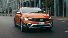 Nuova Fiat Tipo e nuova Tipo Cross, vendite al via. Listino prezzi - Immagine: 4