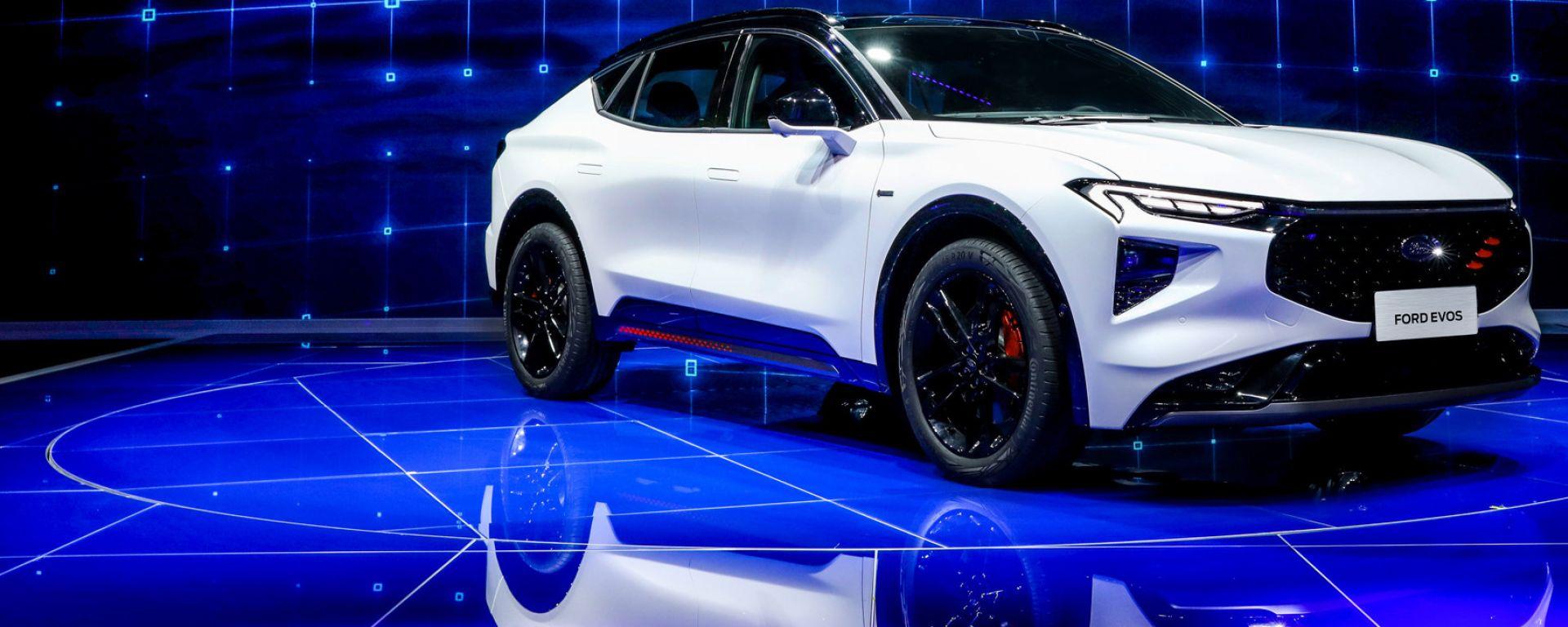 Nuova Ford Evos: leggesi Ford Mondeo SUV coupé?
