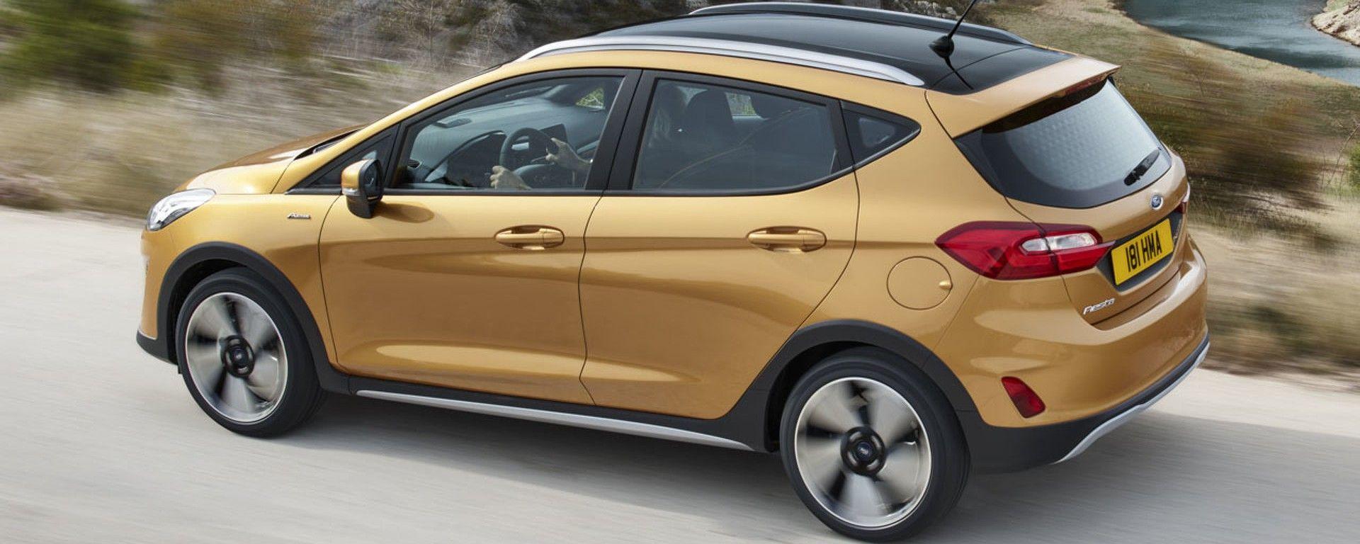 Nuova Ford Fiesta, ha protezioni in plastica nella parti basse della carrozzeria