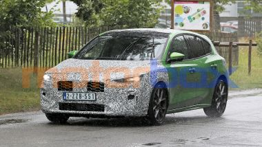 Nuova Ford Focus ST 2022: luci full led più sottili sono tra le principali novità