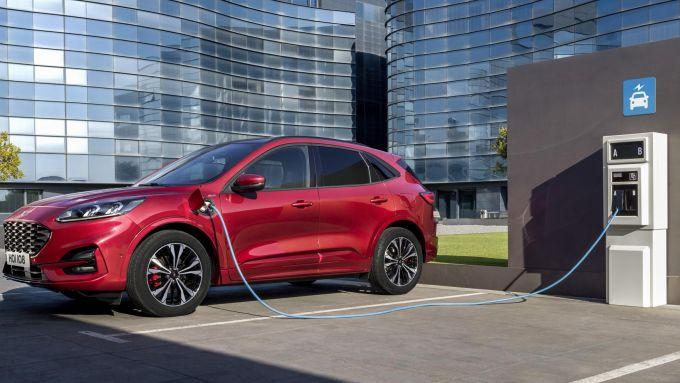 Nuova Ford Kuga 2.5 Plug-in Hybrid