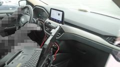 Nuova Ford Kuga Hybrid 2020: gli interni