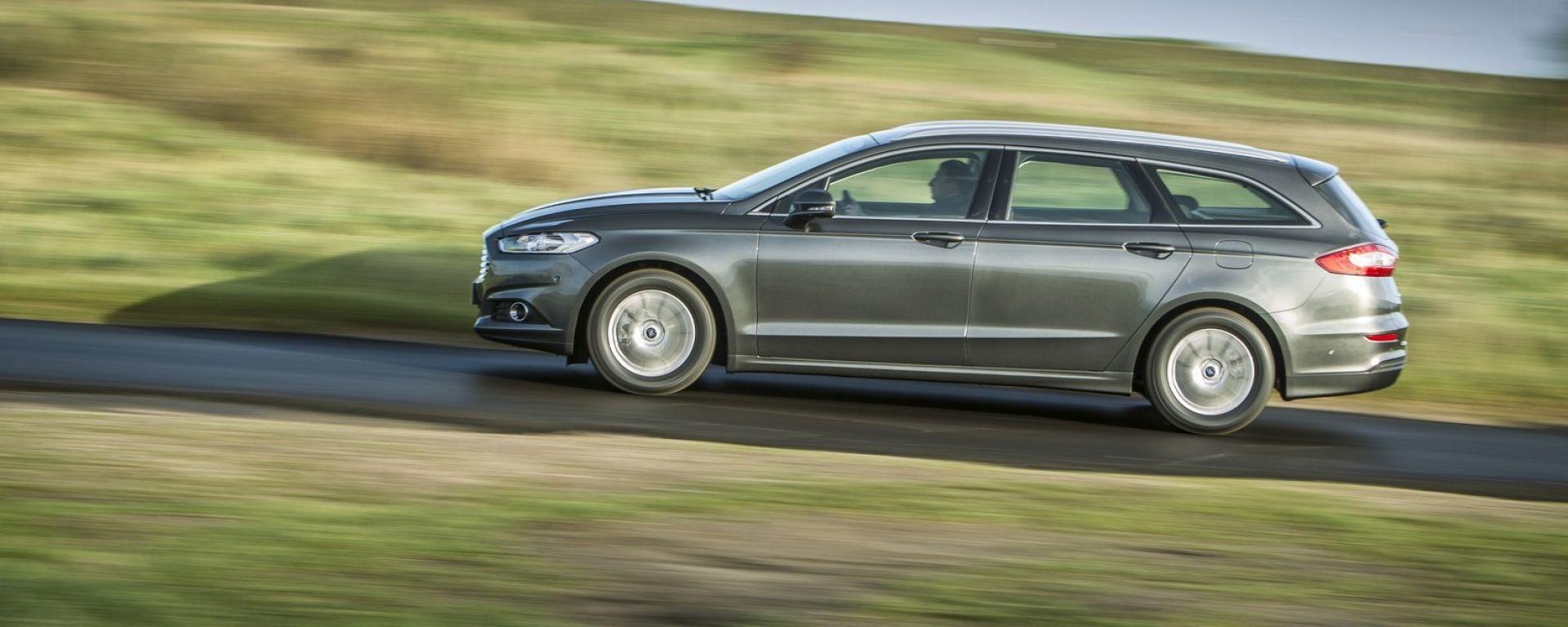 Nuova Ford Mondeo 2019 Hybrid SW: le info e foto ufficiali