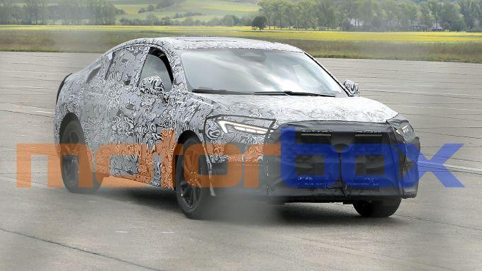 Nuova Ford Mondeo/Fusion: le foto spia del muletto