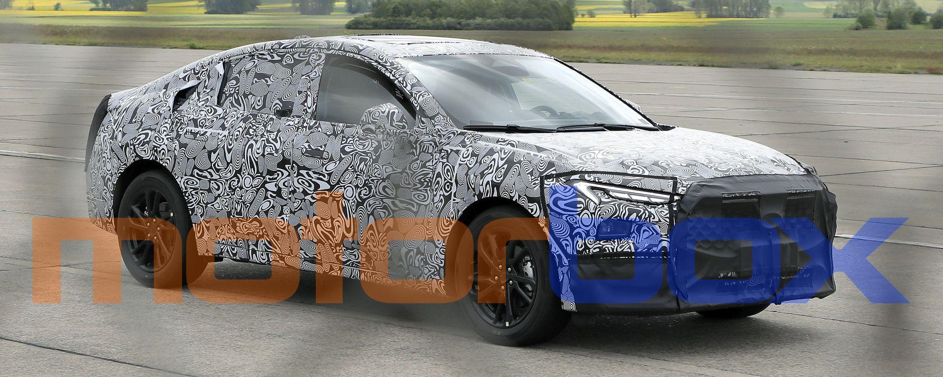 Nuova Ford Mondeo/Fusion: visuale di 3/4 anteriore