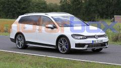 Volkswagen Golf R Variant 2020: in video la station da 300 CV