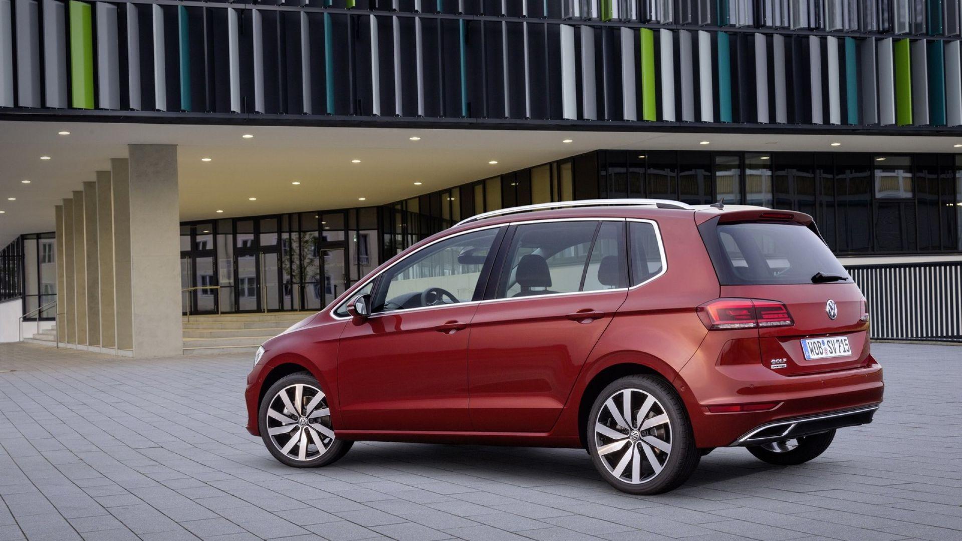 nuova golf sportsvan 2018 dimensioni bagagliaio prezzo motorbox. Black Bedroom Furniture Sets. Home Design Ideas