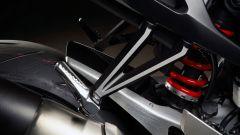 Nuova Honda CB1000R 2018: dettaglio della pedana passeggero