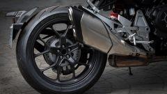 Nuova Honda CB1000R 2018: il forcellone monobraccio, lato detro