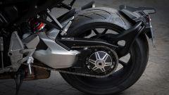 Nuova Honda CB1000R 2018: il forcellone monobraccio, lato sinistro
