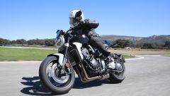 Nuova Honda CB1000R in pista