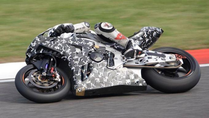 Nuova Honda CBR1000RR 2020: i collaudi in pista del prototipo