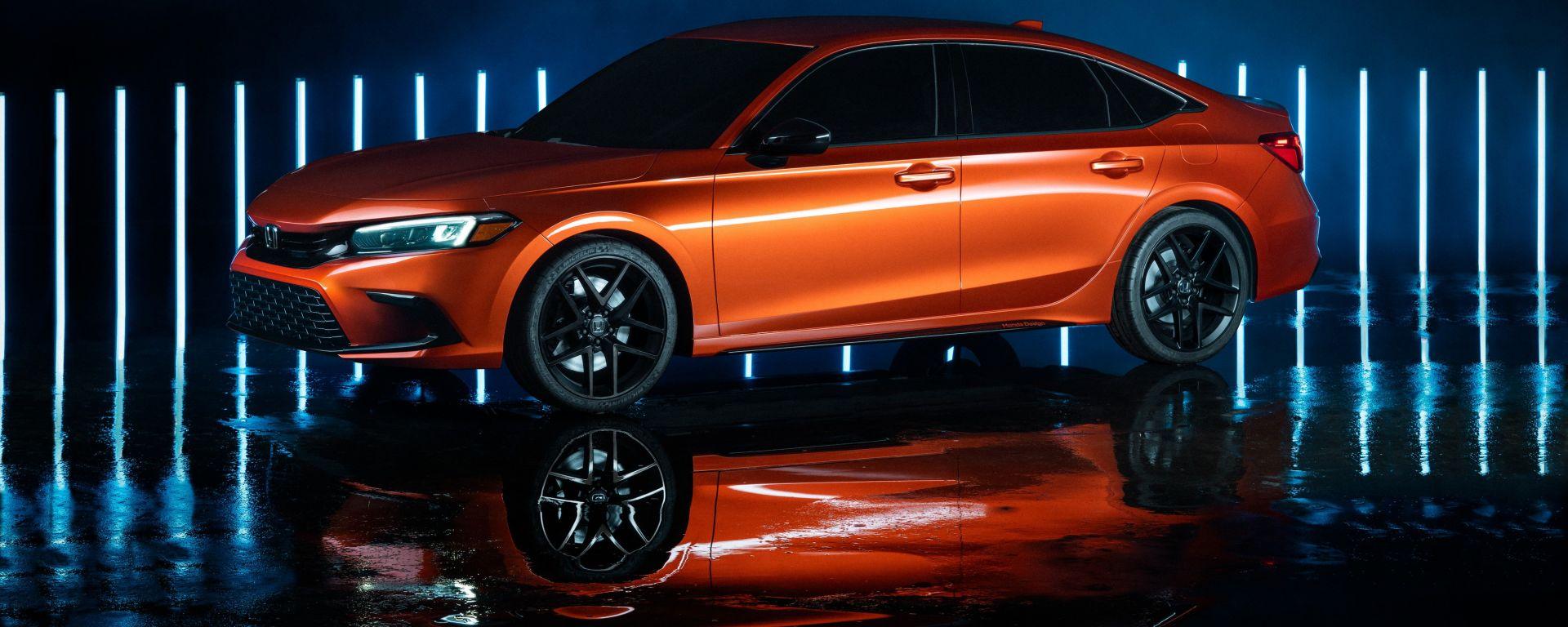 Nuova hondA Civic 2021 prototipo: vista 3/4 anteriore